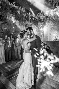 decoracao de casamento na praia Buzios - Renata Paraiso (30)